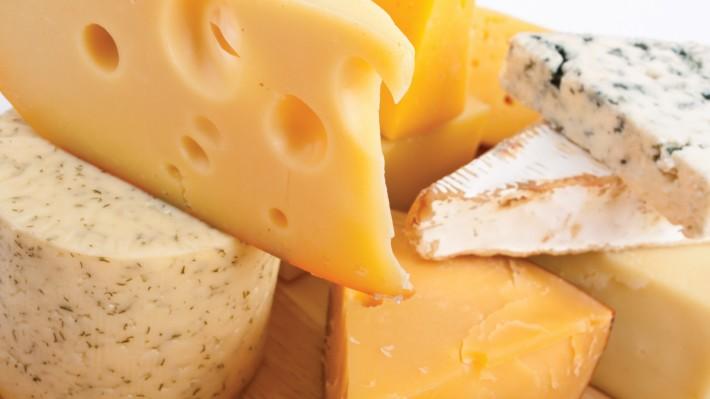 5 βήματα για την ασφαλή κατανάλωση τυριών